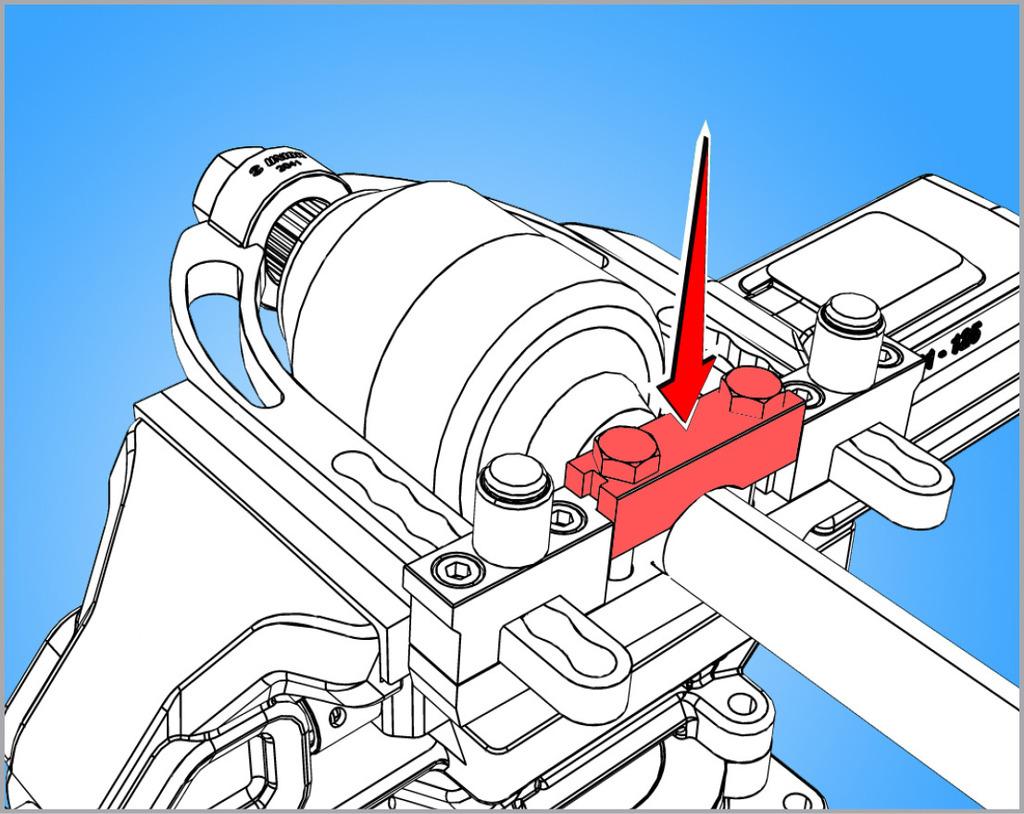 Kada se postavi homokinetički zglob u alat i kroz prsten na vrhu alata, zglob se pričvrsti za alat postavljanjem podesivog držača; oba vijka treba zategnuti istovremeno.